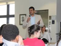 University of Miami biomedical engineering professor speaks to Prep biomedical students