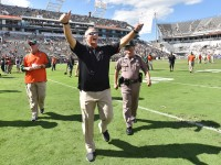 Miami head coach Mark Richt celebrates after a 35-21 win against Georgia Tech at Bobby Dodd Stadium in Atlanta on Saturday, Oct. 1, 2016. (Hyosub Shin/Atlanta Journal-Constitution/TNS)